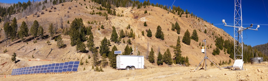 Solar power station, trailer, and tower. All photos courtesy Lori Dagley.